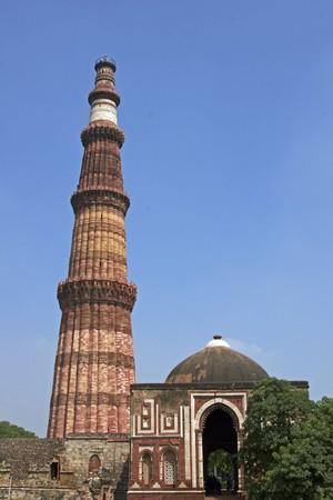 minar: Qutb Minar. Ancient islamic victory tower. Delhi, India