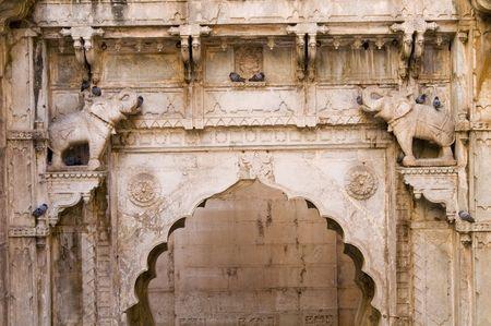 step well: Decorated stonework at the Rajput style step-well of Rani-Ki-Baoli at Bundi in Rajasthan, India Stock Photo