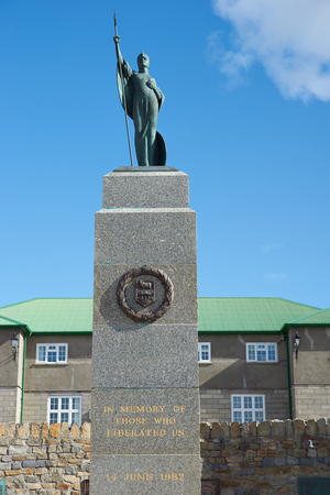 falklands war: Liberation monument in Stanley, capital of the Falkland Islands, dedicated to those who lost their lives liberating the Falkland Islands in the 1982 Falklands War.