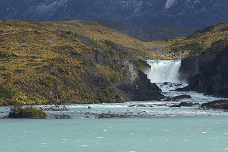 magallanes: Salto Grande. Waterfall connecting Lago Nordenskjoldin and Lago Pehoe in Torres del Paine National Park, Magallanes, Chile Stock Photo