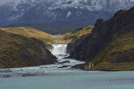 magallanes: Waterfall Salto Grande connecting Lago Nordenskjoldin and Lago Pehoe in Torres del Paine National Park, Magallanes, Chile