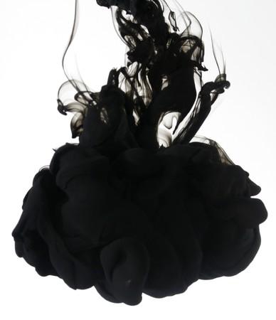 Indian ink in acqua con un suolo posteriore bianco.  Archivio Fotografico - 8102172