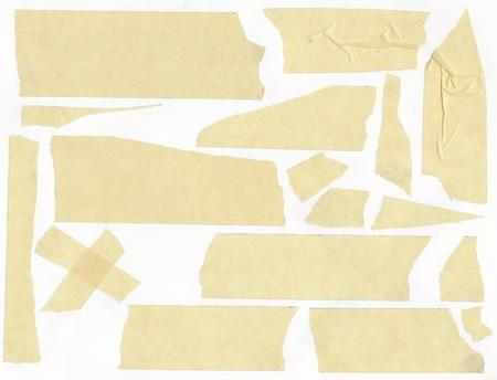scotch: Masking tape - geïsoleerde grunge stok zelfklevende stuk papier scotch vlekken rand Stockfoto