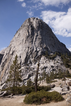 Yosemite National Park in the summer. Stock Photo - 12307776