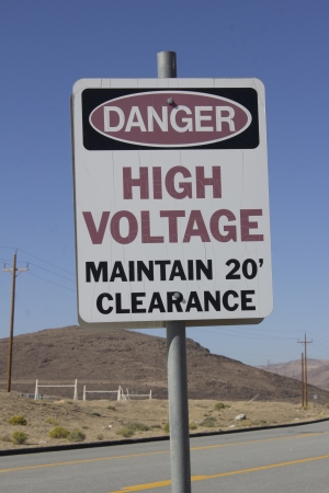 danger high voltage maintain 20 clearance