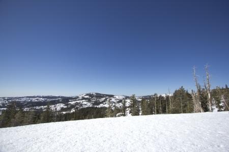 The Sierra Nevadas in the winter at Castle peak. 版權商用圖片 - 18144377