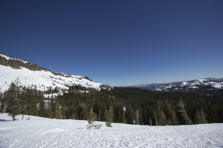 The Sierra Nevadas in the winter at Castle peak. 版權商用圖片 - 18144380
