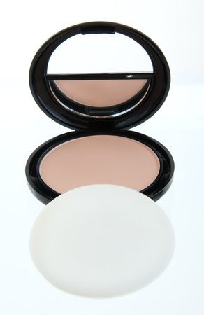 Compact Kit for on the run touch-ups