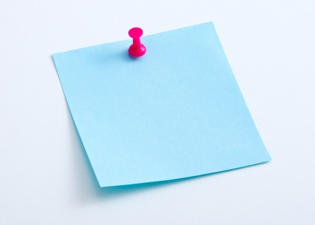 Color sticky note with push pin Banco de Imagens