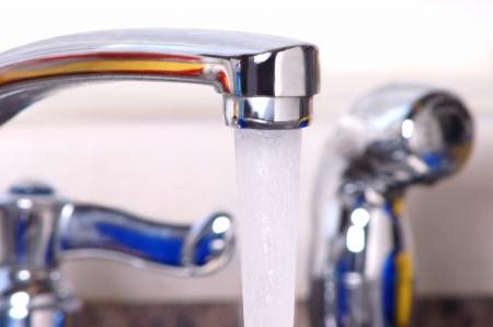 grifo agua: Toque Sink Agua Close-up