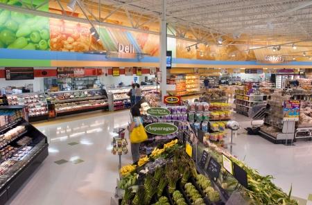 Farm Market Eten Racks Redactioneel