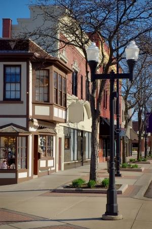 real esate: Main Street Business