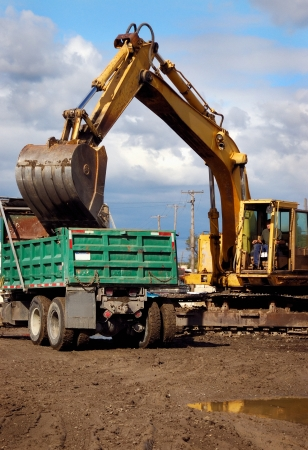 jobsite: Back Hoe Crane Scoop Loading