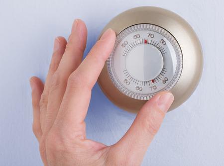 Termostato de temperatura de la pared gire el dial para ajustar