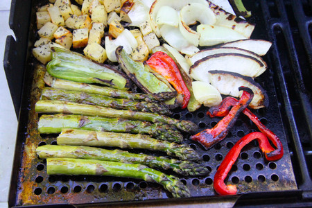 grilled vegetables asparagus potatoes cook