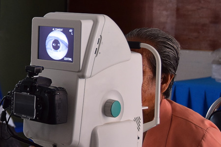 fundus: Check retinal  with a fundus  or retinal  camera