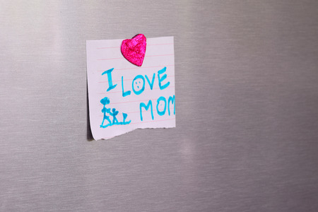 postit note: Happy Mothers Day Sticky Notes on a Refrigerator ( i love mom)