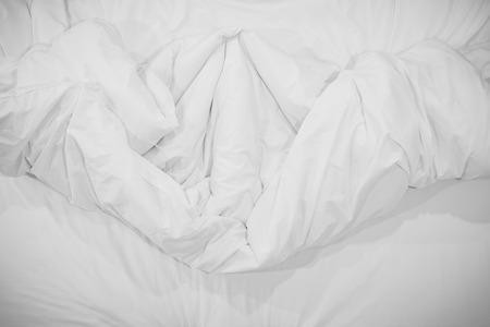 crease: Top view of f bedding sheets crease