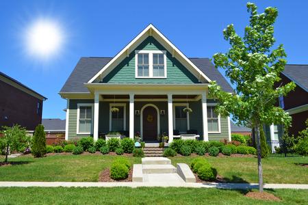 Brand New, New England Stile Cape Cod Dream Home Archivio Fotografico - 28085763