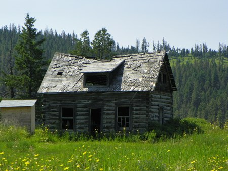 broken down: Old broken down log cabin