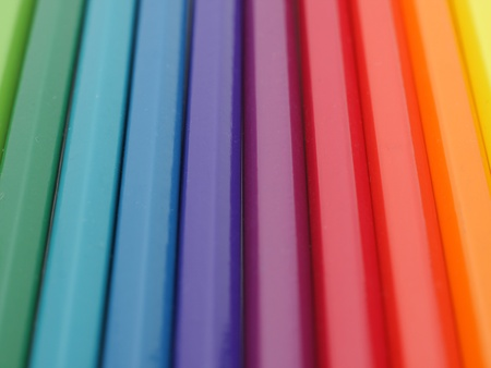 rainbow colours: Background image of colorful crayons