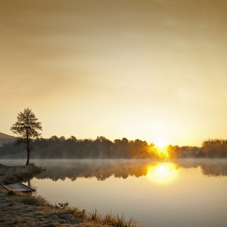 rule of thirds: Misty lake in early winter morning