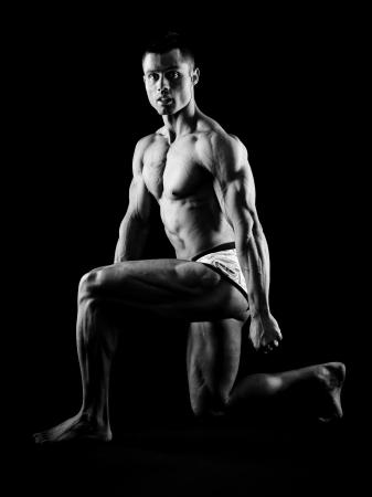 Muscular man posing Stock Photo - 16244567