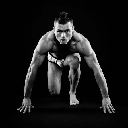 Muscular man posing Stock Photo - 16244568