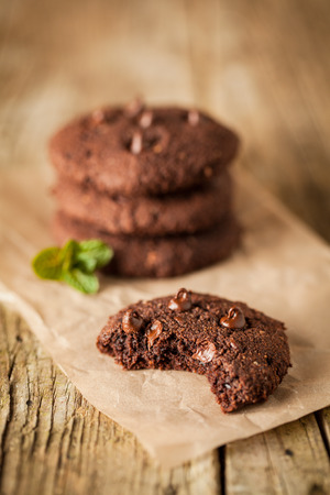 wood chip: Double chocolate chip cookies with mint