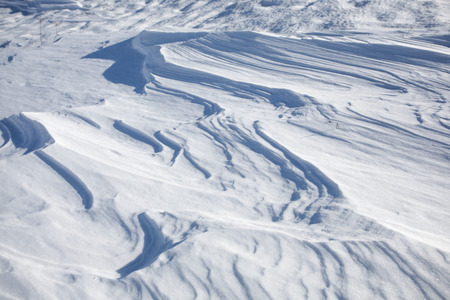 deep freeze: Snow in layers due to strong wind