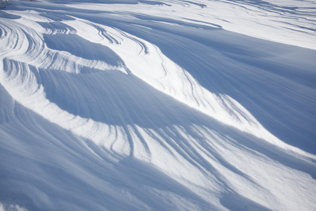 cloud drift: Snow in layers due to strong wind