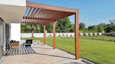 Pergola on passive house with large panoramic windows Foto de archivo