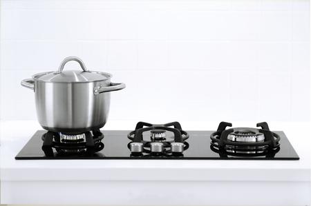 Minimalistic kitchen stove with gas