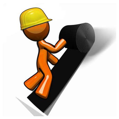 constructor: Techador naranja hombre trazar los materiales del techo. Foto de archivo