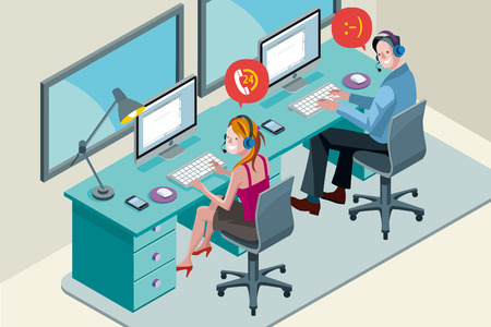 Homme et femme avec ordinateur, souriant lors d'une conversation téléphonique. Ils travaillent avec un casque dans un centre d'appel. Vecteurs