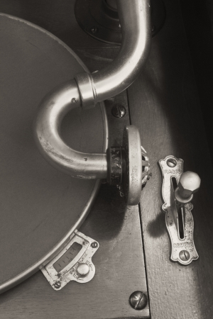 antique phonograph: Antique Gramophone Phonograph 6BW - Vintage Gramophone Phonograph Closeup With Turntable and Needle