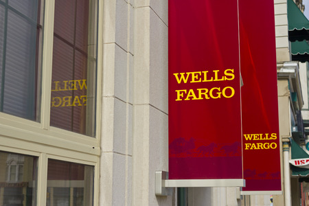 bank branch: Peru, IN - Circa March 2016: A Wells Fargo Retail Bank Branch. Wells Fargo is a Provider of Financial Services II Editorial