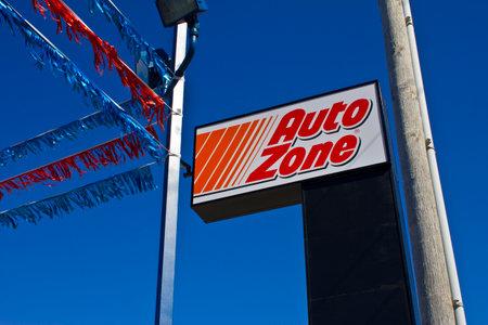 distributor: Indianapolis - Circa March 2016: AutoZone Retail Store. AutoZone is a Retailer and Distributor of Automotive Parts II