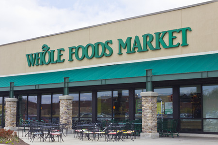 wild oats: Indianapolis - Circa April 2016: Whole Foods Market, Americas Healthiest Grocery Store I