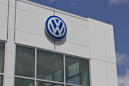 vw: Indianapolis - Circa May 2016: Volkswagen Cars and SUV Dealership. VW is Among the Worlds Largest Car Manufacturers I Editorial