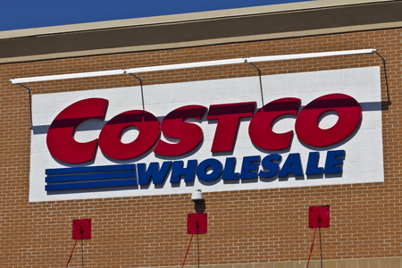 retailer: Indianapolis - Circa April 2016: Costco Wholesale Location. Costco Wholesale is a Multi-Billion Dollar Global Retailer III
