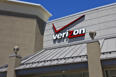 Indianapolis - Circa May 2016: Verizon Wireless Retail Location. Verizon is One of the Largest Communication Technology Companies III Editorial