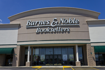 noble: Indianapolis - Circa May 2016: Barnes & Noble Retail Location. Barnes & Noble is the Internets Largest Bookstore II