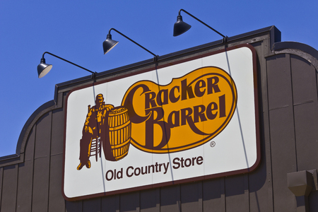 homestyle: Indianapolis - Circa June 2016: Cracker Barrel Old Country Store Location. Cracker Barrel Serves Homestyle Food II