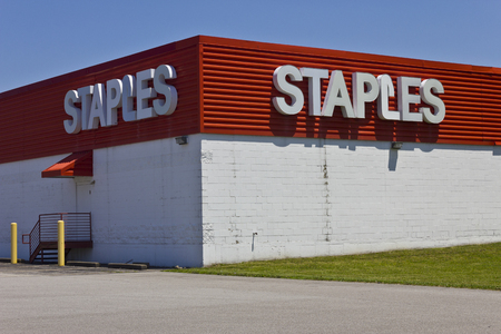 Indianapolis - Circa June 2016: Staples Inc. Retail Location. Staples is a Large Office Supply Company II