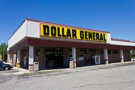 Indianapolis - Circa June 2016: Dollar General Retail Location. Dollar General is a Small-Box Discount Retailer V Editorial