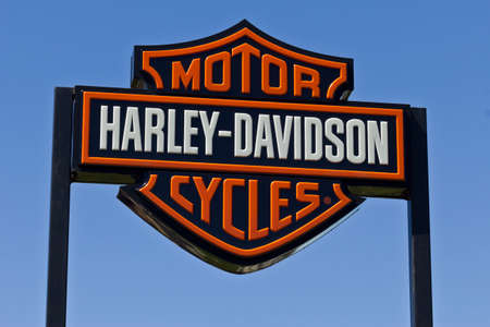 sportster: Indianapolis - Circa June 2016: Harley-Davidson Local Signage. Harley Davidsons Motorcycles are Known for Their Loyal Following II