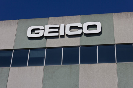 hathaway: Indianapolis - Circa June 2016: GEICO Insurance Office. GEICO is a Subsidiary of Berkshire Hathaway I Editorial