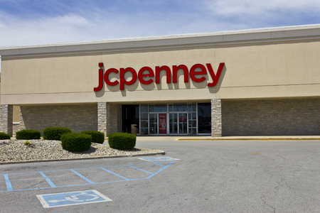 Indianapolis - Circa June 2016: JC Penney Retail Mall Location. JCP is an Apparel and Home Furnishing Retailer VI