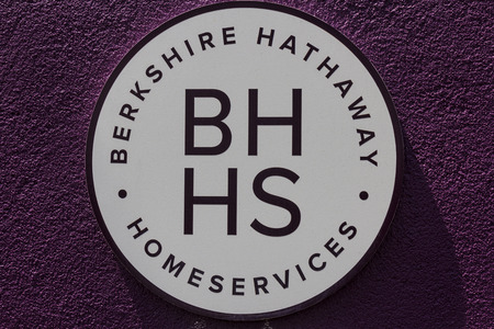 hathaway: Muncie, IN - Circa July 2016: Berkshire Hathaway HomeServices Sign. HomeServices is subsidiary of Berkshire Hathaway Energy II